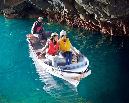 青の洞窟(さっぱ船遊覧) | 浄土ヶ浜マリンハウス